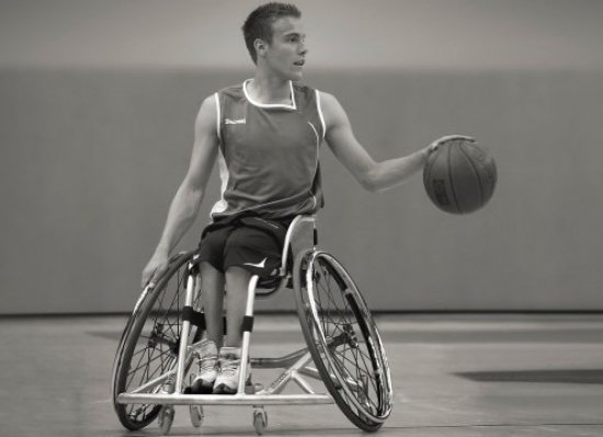 Инвалидное кресло для спортсменов