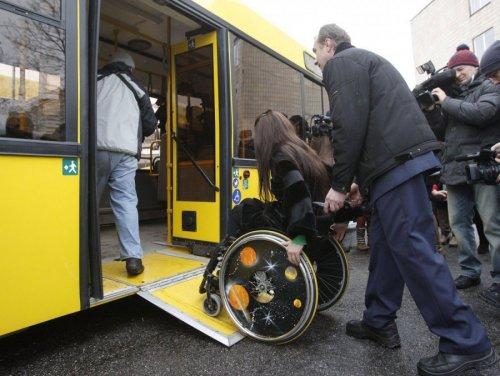 Пандусы в транспорте для инвалидов
