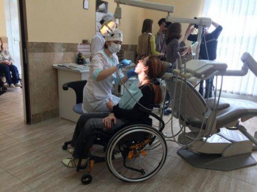 Лечение зубов инвалидам