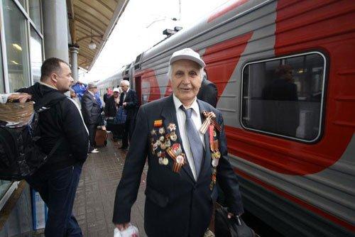 Ветеран войны на ж/д вокзале