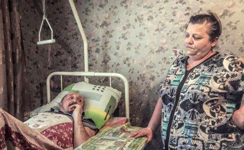 Лежачий инвалид дома