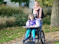 Прогулка с ребенком-инвалидом