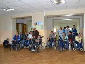 В доме-инвалидов и престарелых