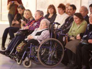 Социальная помощь для пожилых и инвалидов